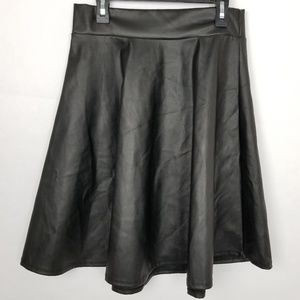 Alice LA Vegan Black Leather A Line Skirt Large